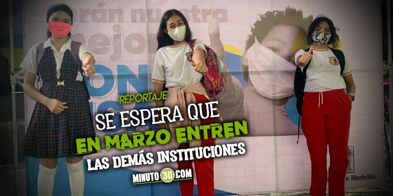Mas de la mitad de los colegios publicos de Medellin ya estan bajo el modelo de alternancia educativa