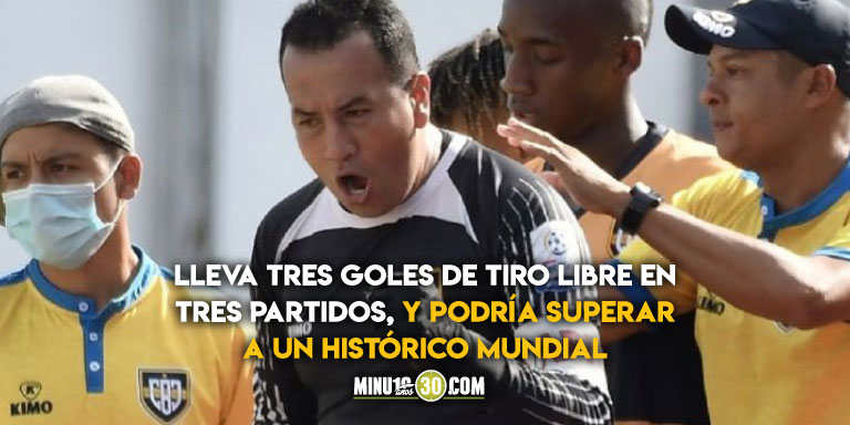 Nelson Ramos a sus 39 anos y jugando en la B esta a punto de hacer historia como arquero goleador