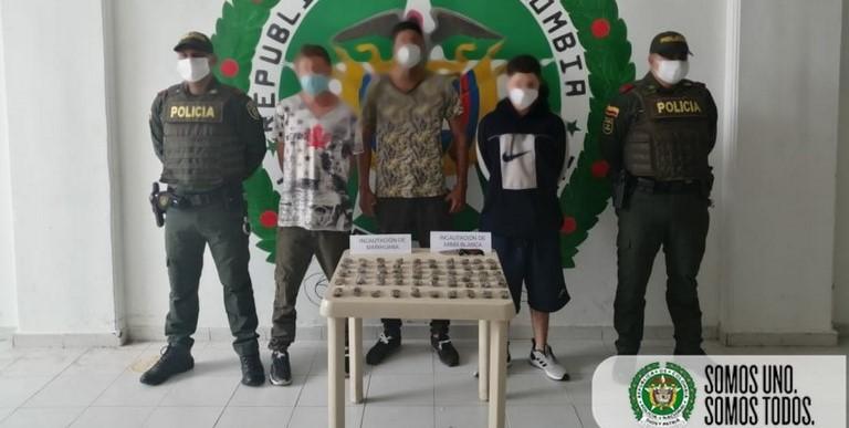 Los capturaron por llevar marihuana en morral