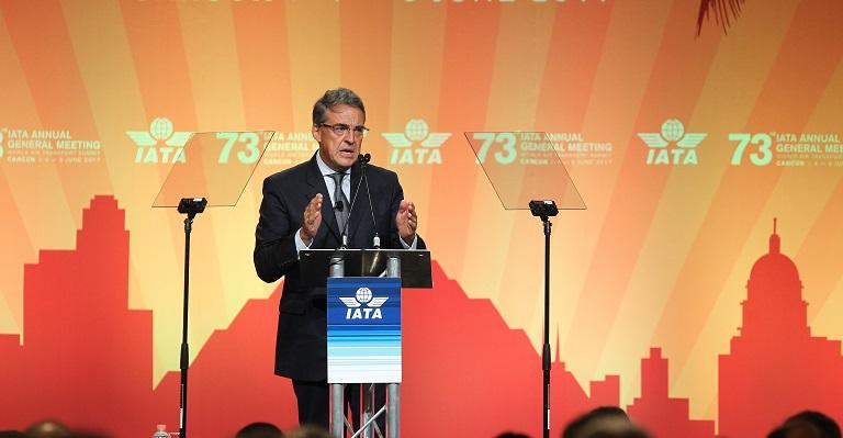 """Presidente de IATA, sobre los taxis voladores: """"puede funcionar ¿por qué no?"""""""