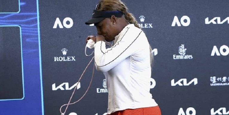 En llanto se despide Serena Williams del AusOpen: algunos hablan de su retiro del tenis