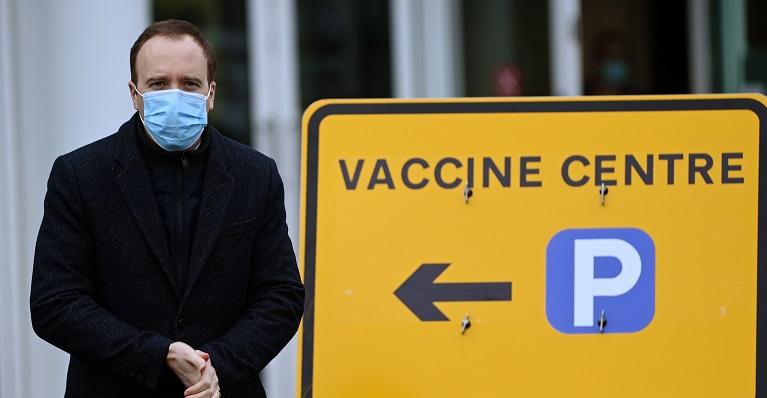 """La vacuna de AstraZeneca tiene un """"gran impacto"""" en reducir la transmisión del coronavirus"""
