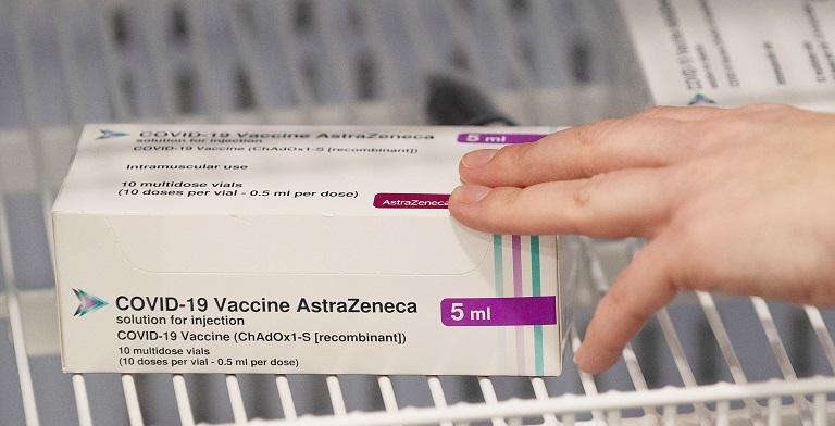 Asesores de la OMS recomiendan la vacuna de AstraZeneca para personas mayores