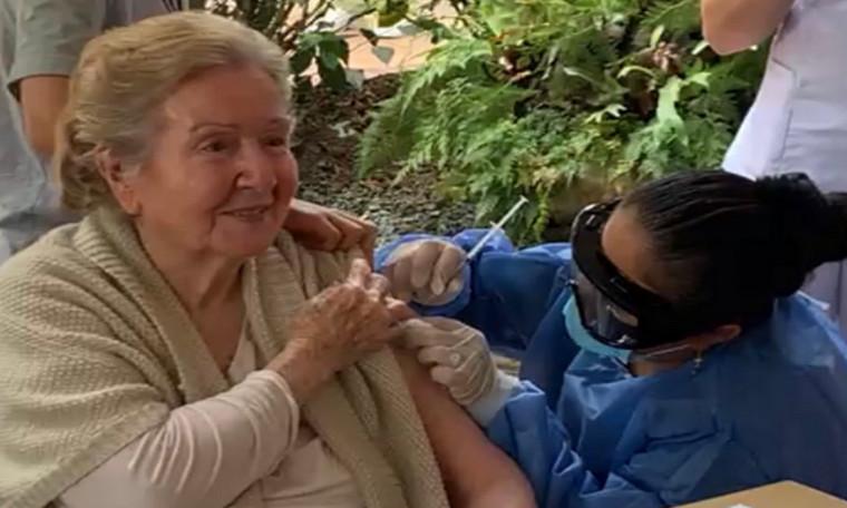 Hoy en Medellín se aplicaron 361 dosis de la vacuna contra la Covid