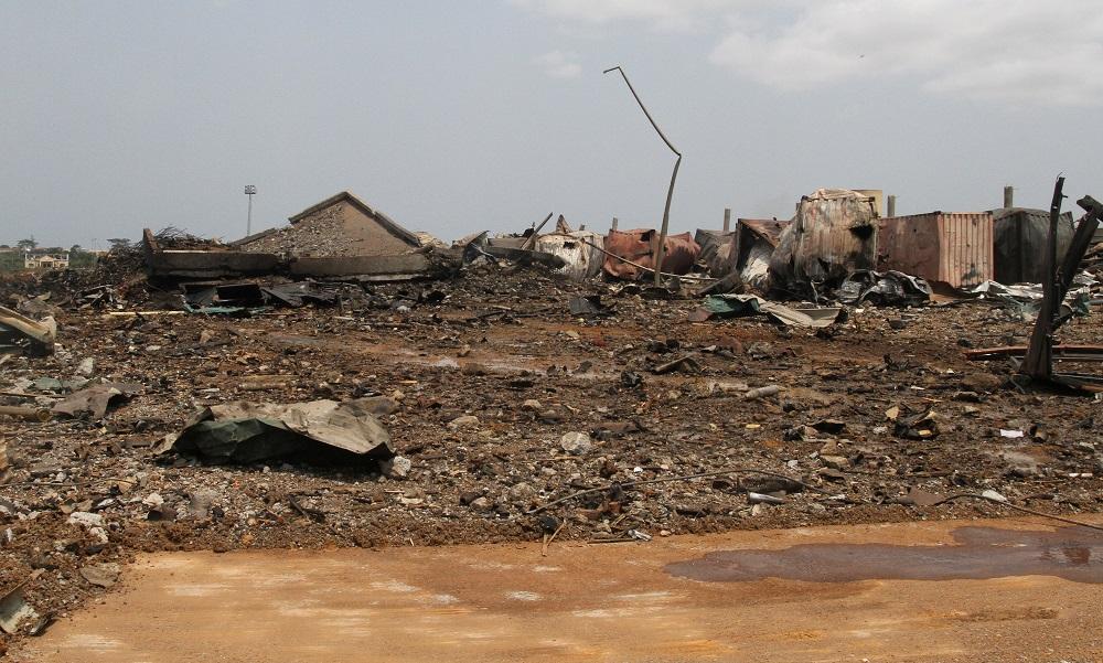 Guinea Ecuatorial intenta recobrar aliento mientras busca aún cuerpos en Bata