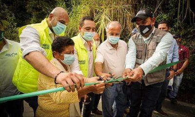 Manizales entregó más de 900 metros de placas huella