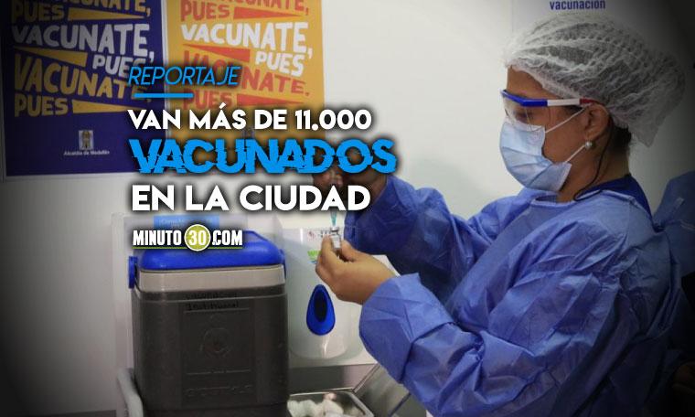 Medellin ha vacunado mas de 2.700 adultos mayores y solo 10 personas han tenido algun resultado adverso pero leve