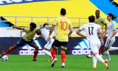 Seleccion Colombia vs Uruguay en la Eliminatorias 9 Copiar