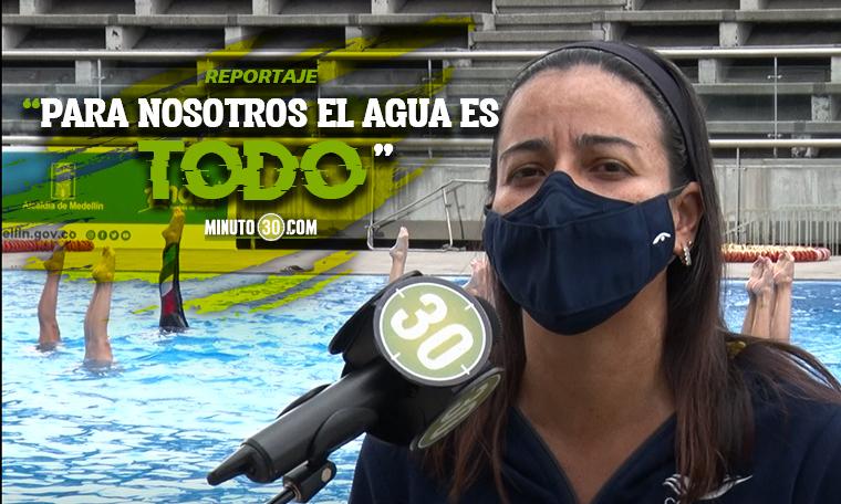 Sirenas antioquenas disfrutan de nuevo del agua