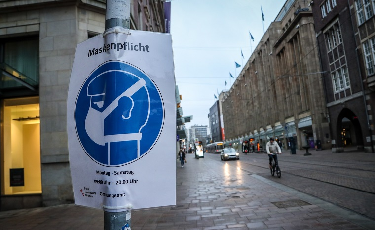 Alemania inicia tímida reapertura tras tres meses de cierre