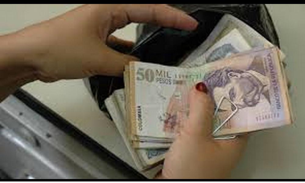 ¡Admirable! En Caquetá una pareja se encontró una billetera con más de un mi