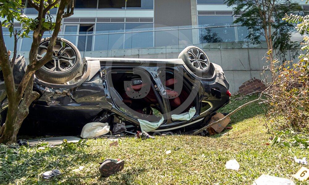 emergencia carro cayo de quinto piso en el poblado 15 03 2021 8