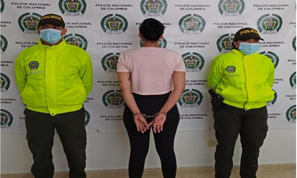 """Video: ¡Degenerada! Capturaron a alias """"Meli"""", estaría explotando sexualmente a niñas en Antioquia"""