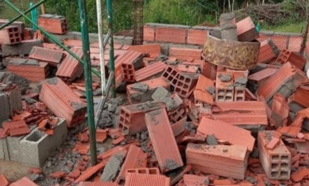 En Rionegro muros se cayeron