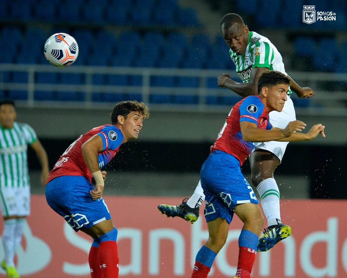 Atletico Nacional vs Universidad Catolica en Copa Libertadores 4