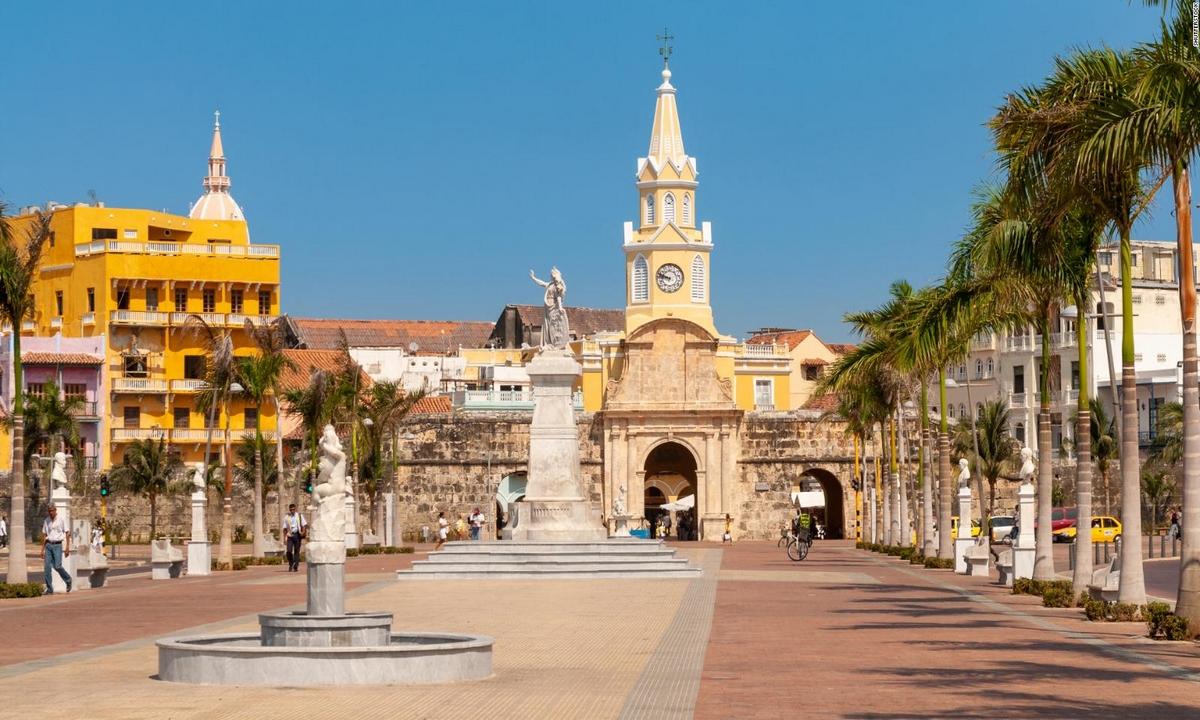 Cartagena-toque de queda
