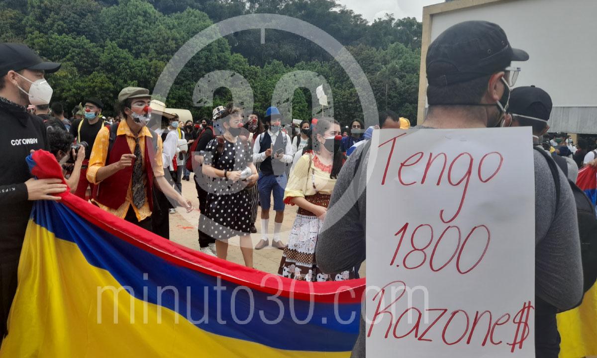 Desde el Parque de los Deseos asi va el Paro Nacional en Medellin 4