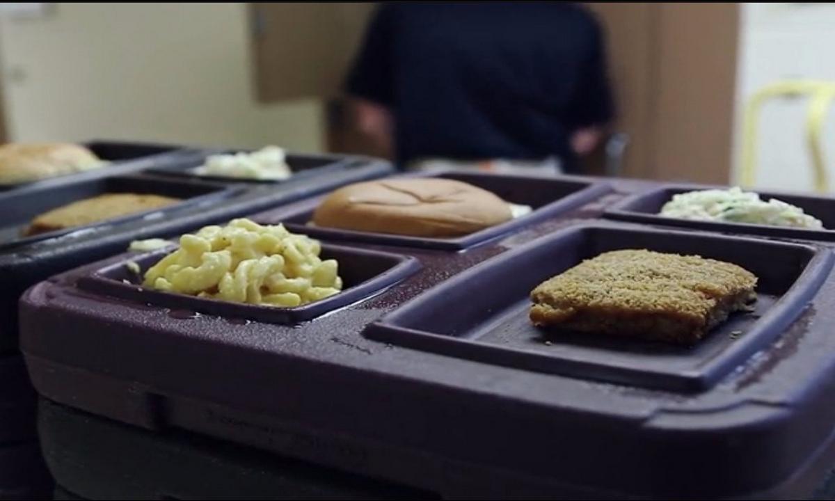 Ministro de Justicia-comida-podrida-cárceles