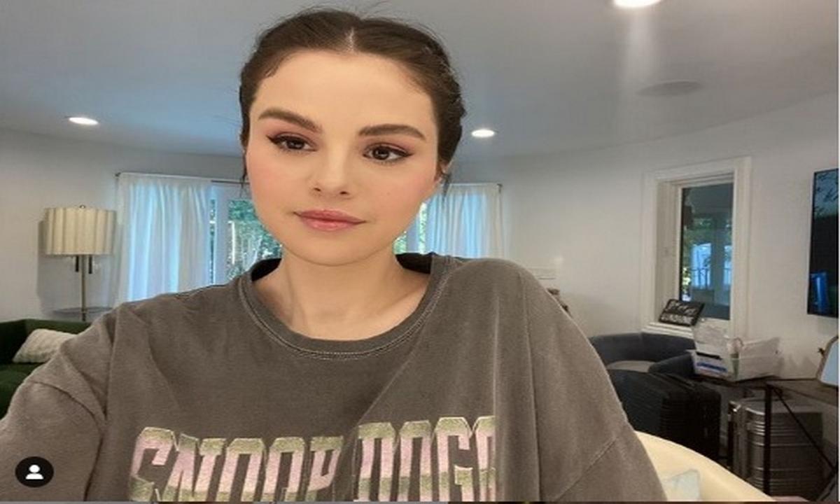 Selena Gómez-cambio-look