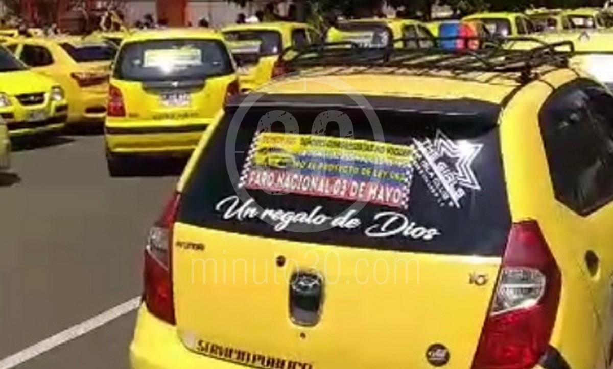 Movilización de taxistas en Medellín