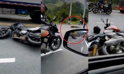 Motociclistas se chocaron de frente y murieron