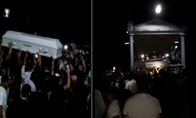 [Video] ¿Y el Covid? En Pueblo Rico una multitud paseó a un cadáver, incluso lo llevaron a una cantina