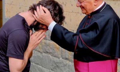 sacerdote enamorado