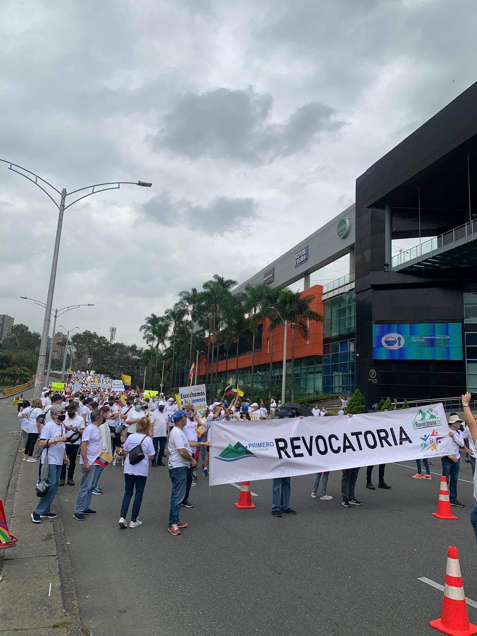 Medellín-marcha
