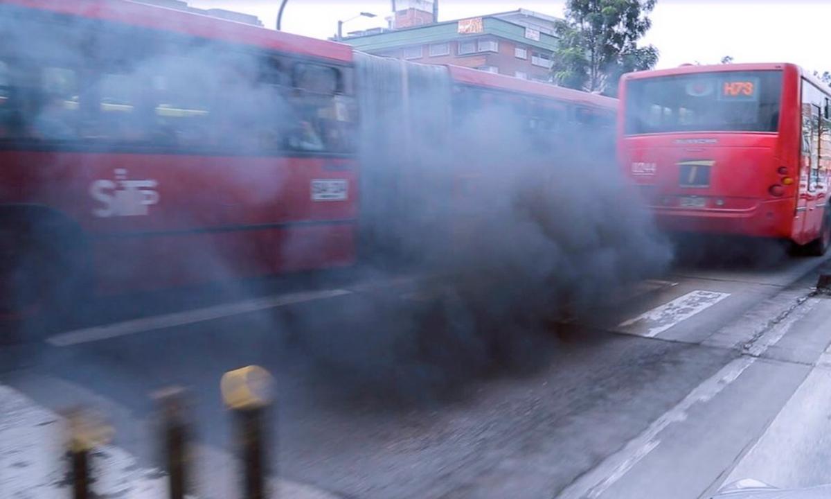 Bogotá-buses-contaminantes