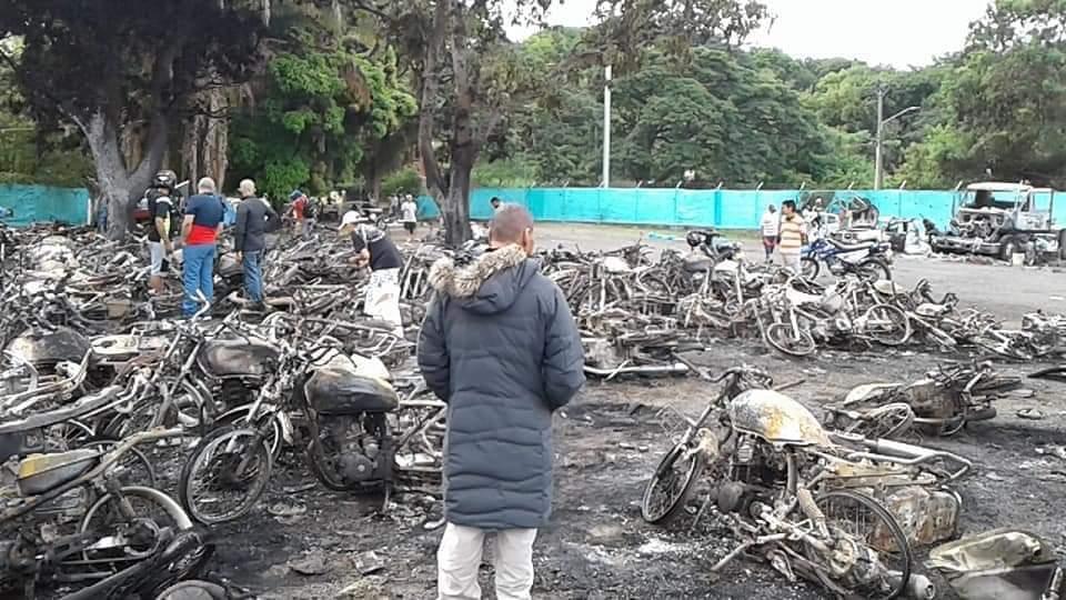 Cartago-motos-quemadas