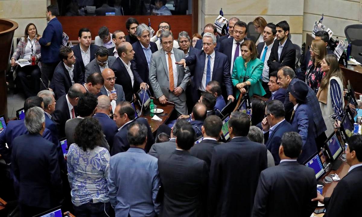 Centro Democrático-cadena perpetua-corruptos