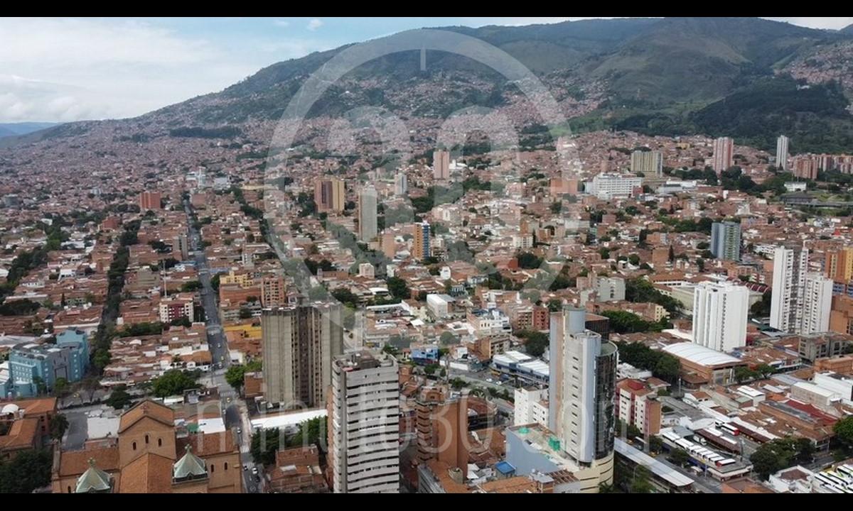¿Va a 'loliar'? Hoy el centro de Medellín reabre totalmente su comercio