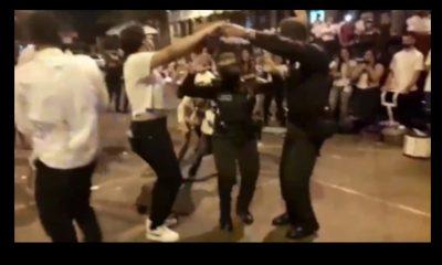 Se formó el 'bunde' en Medellín, policías y manifestantes se tiraron sus pasos de Chirimía