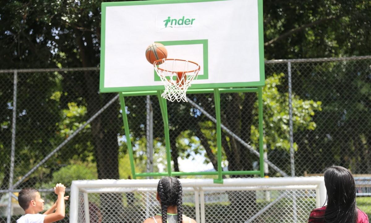 Deporte Inder Medellin baloncesto