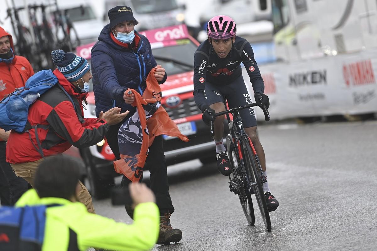 Egan Bernal Giro de Italia 5