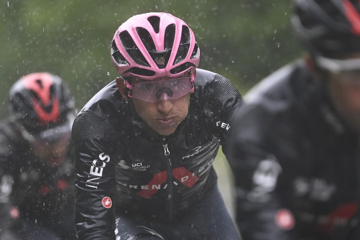 Egan Bernal Giro de Italia 6