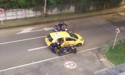 El Tesoro-ladrones-taxista