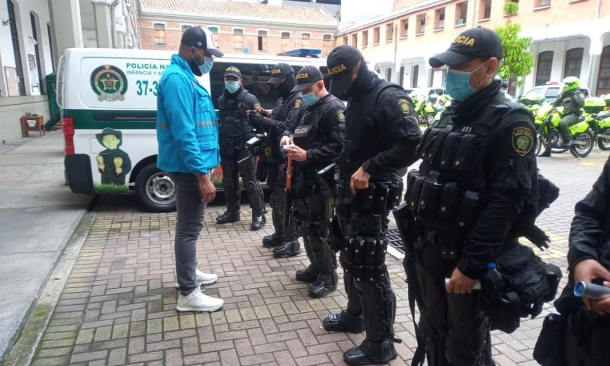 Revisan equipos del Esmad en Medellín para protestas del 14M