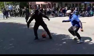 [Video] 'Picadito' de fútbol entre manifestantes y Policías en Antioquia