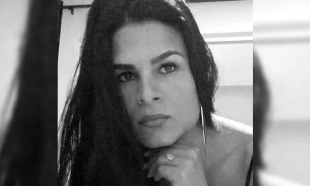 Juliana Giraldo-soldado-casa por cárcel