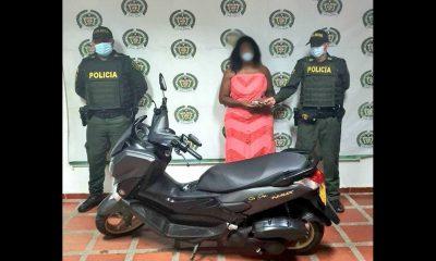 No le duró el 'borondo': Un día después del robo de una moto la recuperaron y se la devolvieron a su dueña