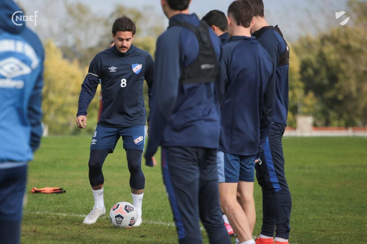 Nacional de Uruguay ya esta en Pereira para enfrentar a Atletico Nacional 7