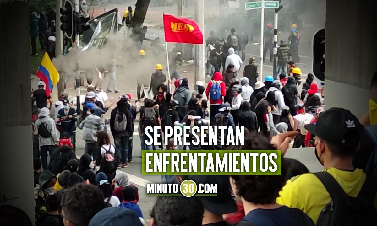 [Video] Paro nacional: Protesta en la Cr. 70, sector Estadio de Medellín