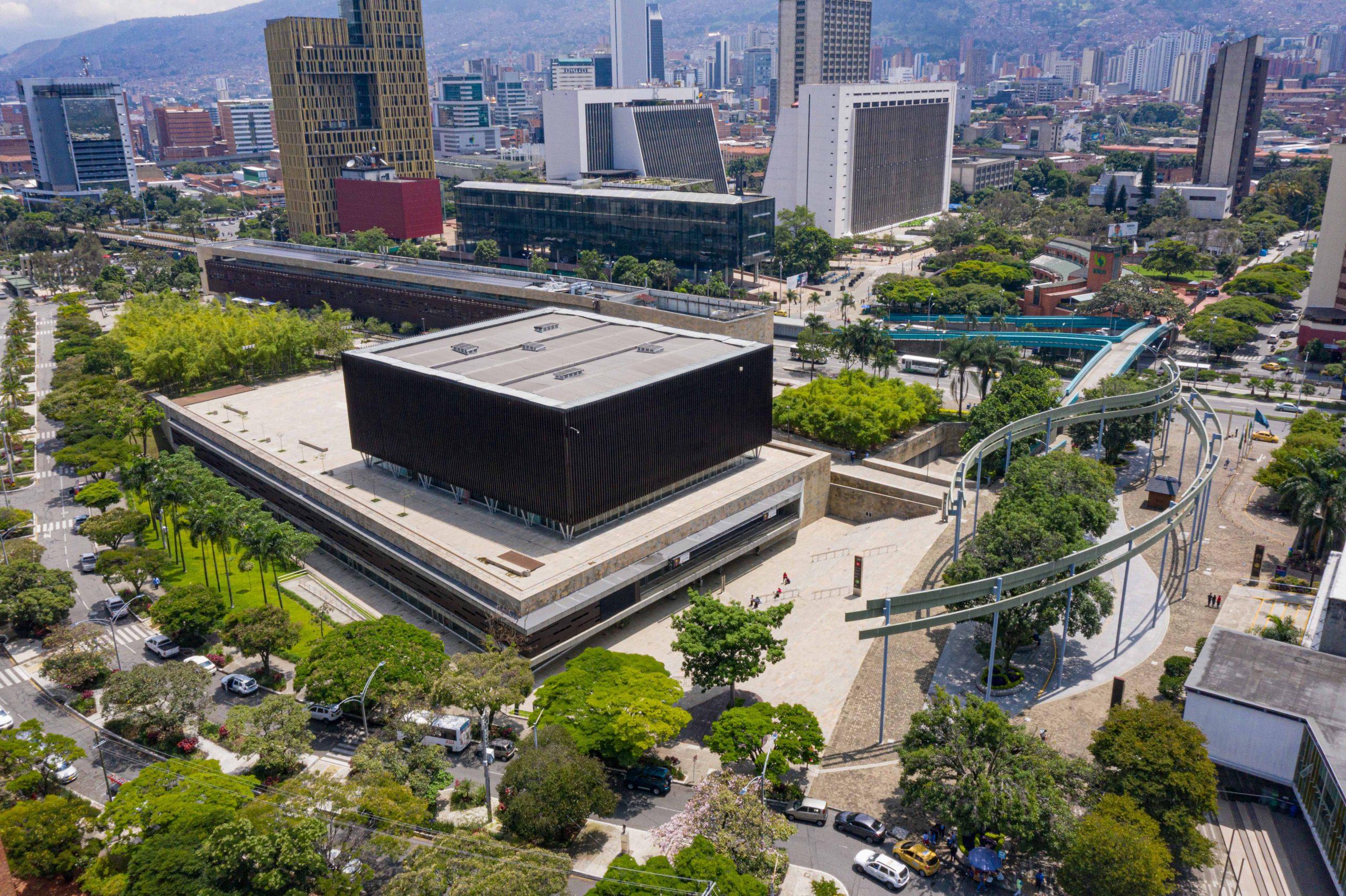 Plaza Mayor Medellin 4 scaled