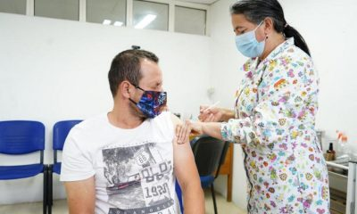 Finalizó en Antioquia el piloto de vacunación a los 'profes' contra el Covid