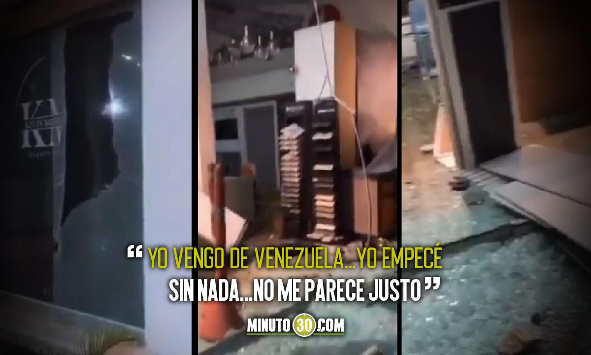 [Video] A peluquero que protestaba le vandalizaron el negocio
