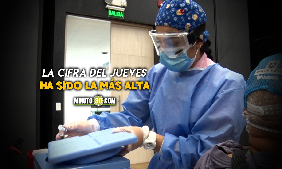 Ya en Colombia se vacunan a mas de 250.000 personas por dia