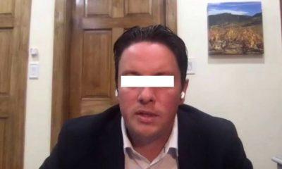 alcalde renuncio acusado