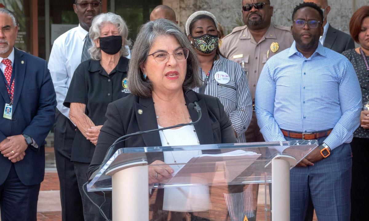 alcaldesa miami