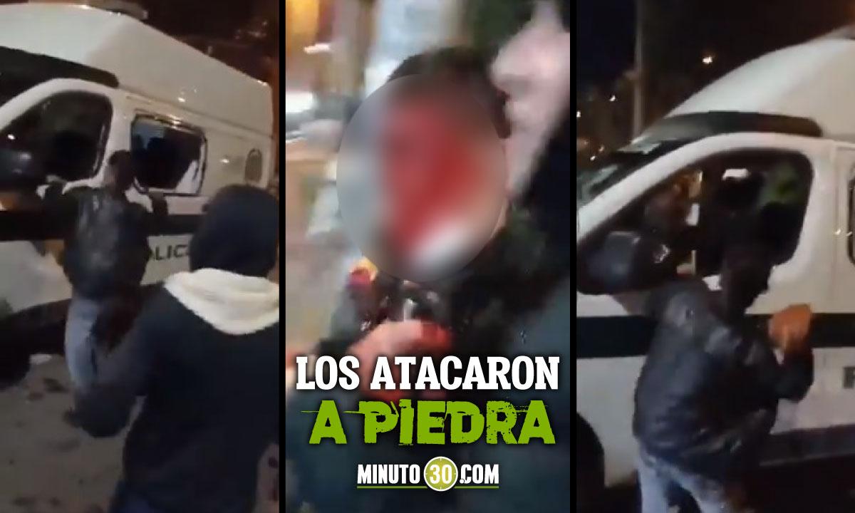 Dos policías fueron atacados y golpeados en desmanes de anoche en Bogotá